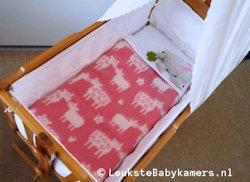 Wiegdeken Schaap wol roze