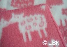 Wiegdeken Schaap wol roze afwerking